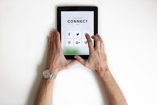 7 REASONS TO CONSIDER PAID SOCIAL MEDIA ADVERTISING