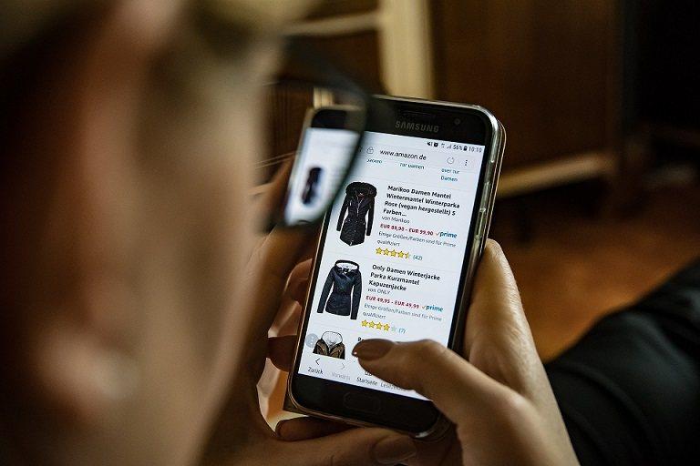 ¿Cómo funciona el fraude publicitario digital?