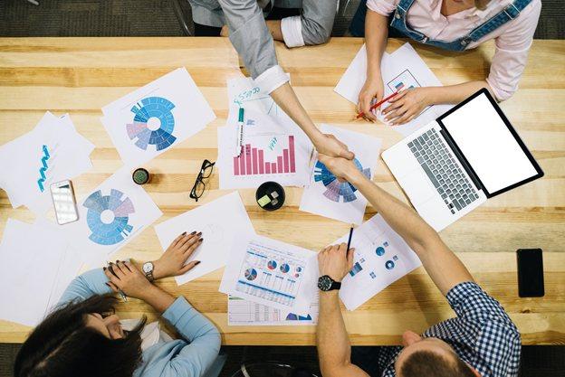 Principales formas en que la inteligencia artificial ayuda a las empresas